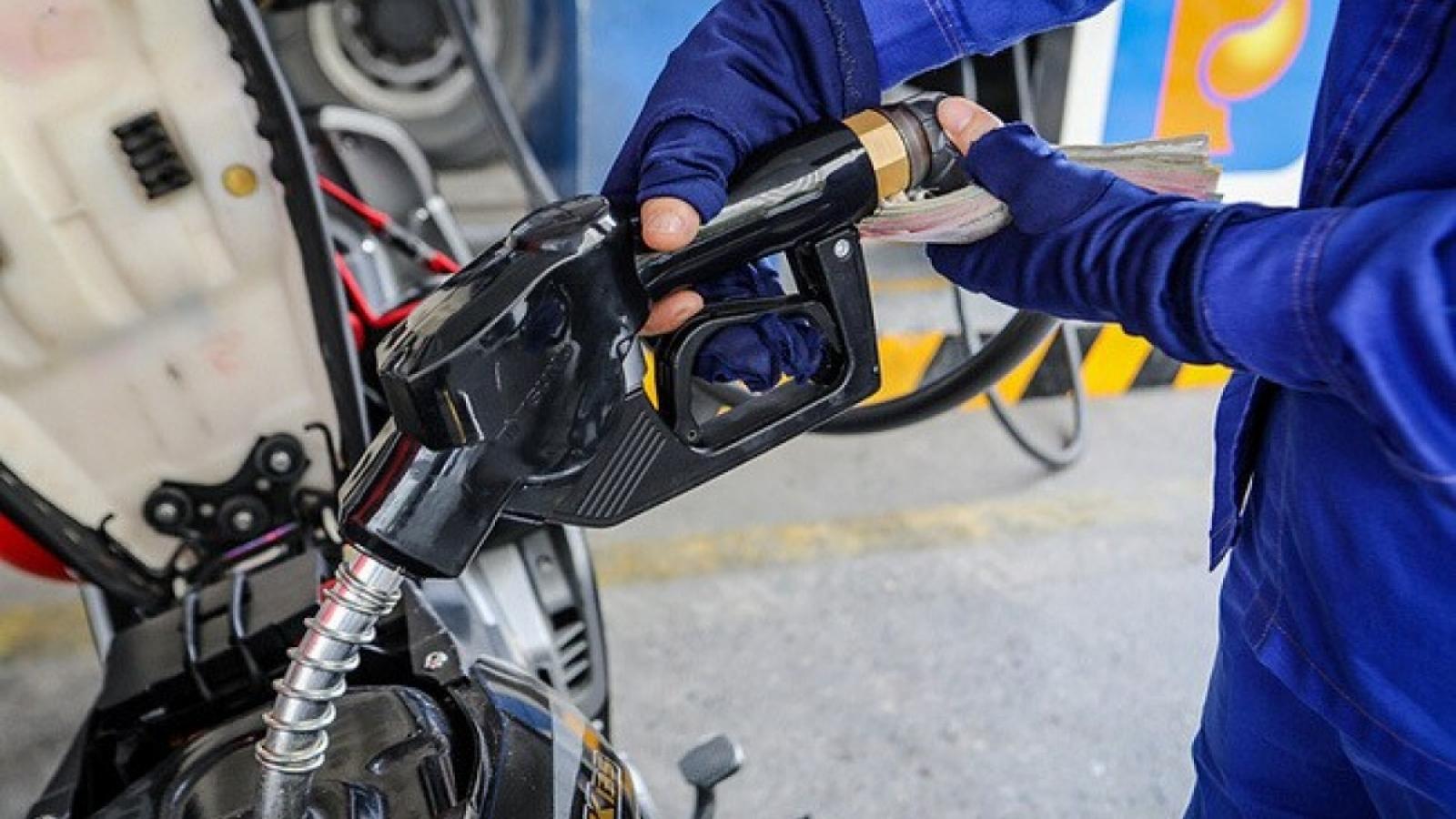 Ngày cận Tết, giá xăng dầu không thay đổi