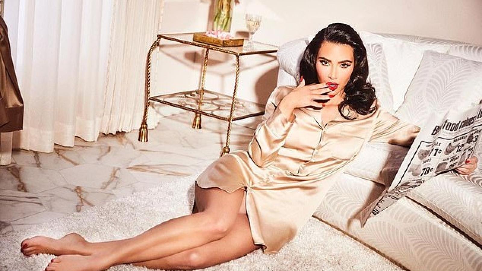 Kim Kardashian tái xuất nóng bỏng sau ồn ào ly hôn