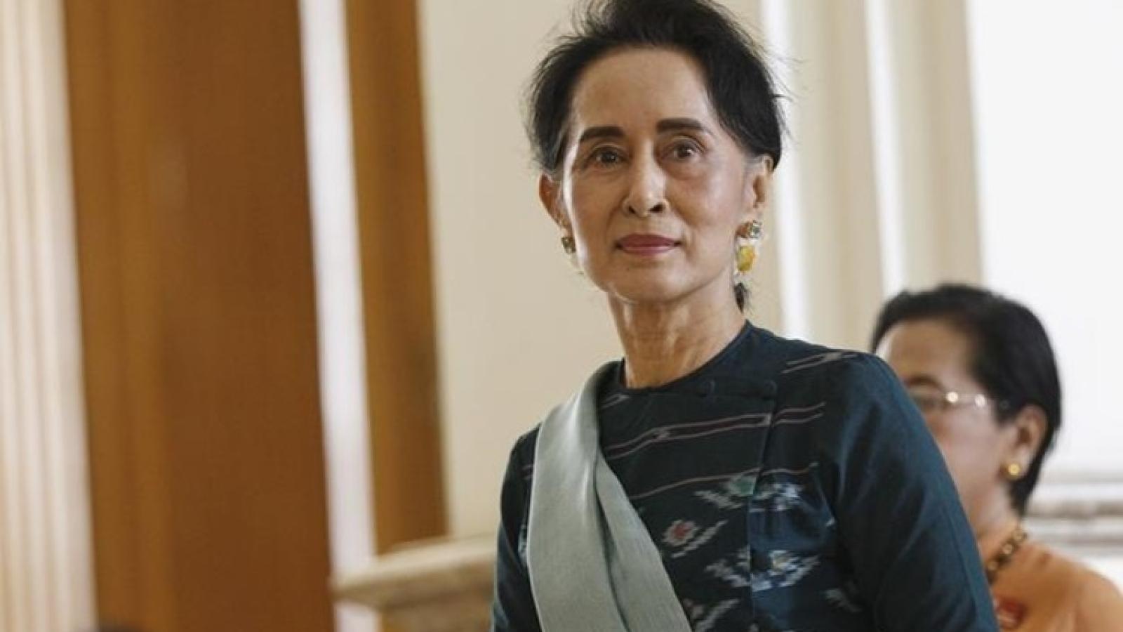 Cố vấn nhà nước Myanmar Aung San Suu Kyi bị khởi tố
