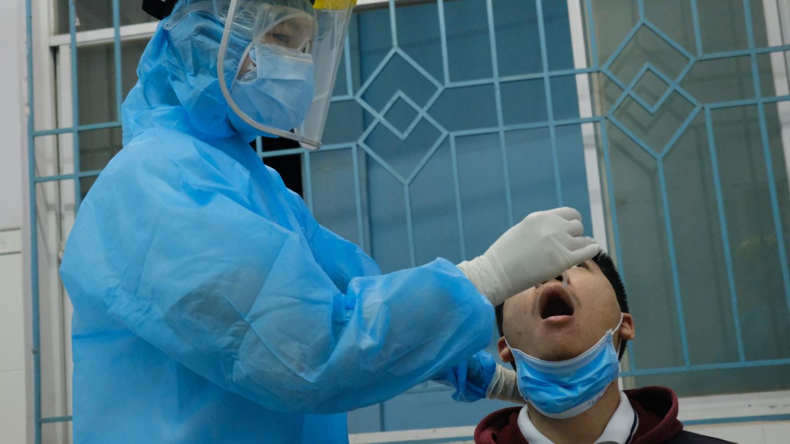 TP.HCM nâng cao mức độ cảnh báo dịch Covid-19