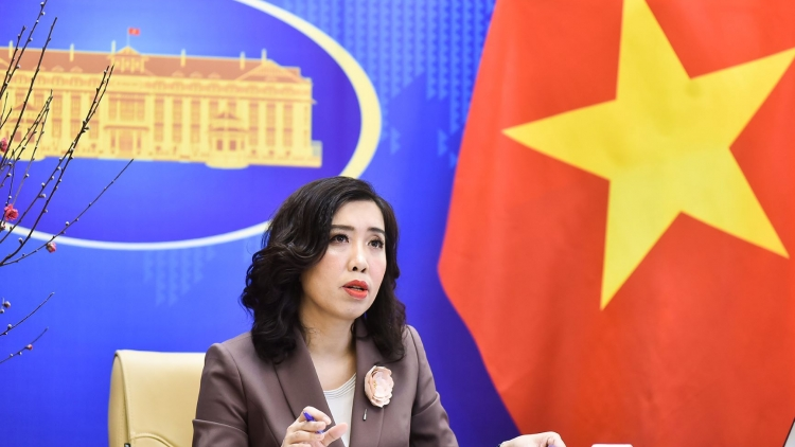 Xác minh thông tin Trung Quốc xây căn cứ tên lửa gần biên giới Việt Nam