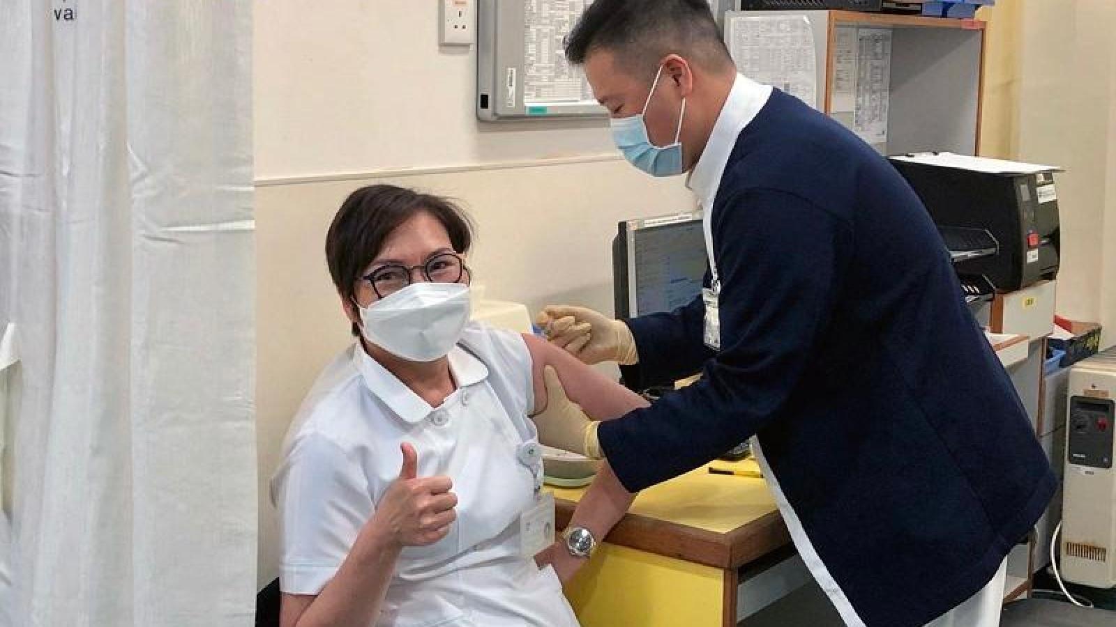 Macao (Trung Quốc) ghi nhận hơn 10.000 người đăng ký tiêm vaccinengừa Covid-19