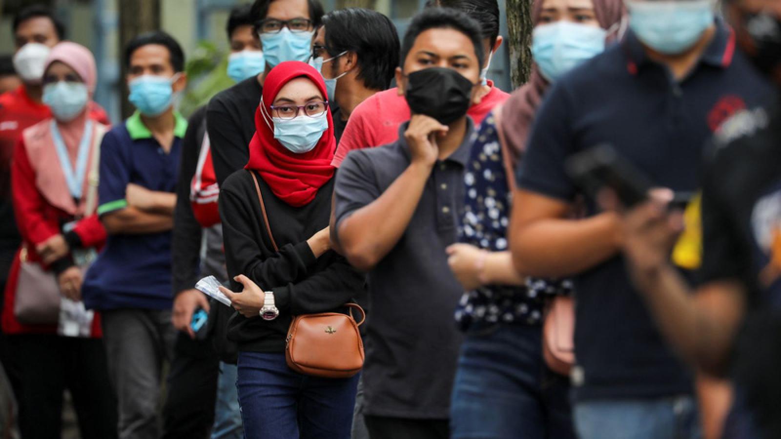 Malaysia gia hạn lệnh hạn chế di chuyển trên toàn quốc vì dịch COVID-19