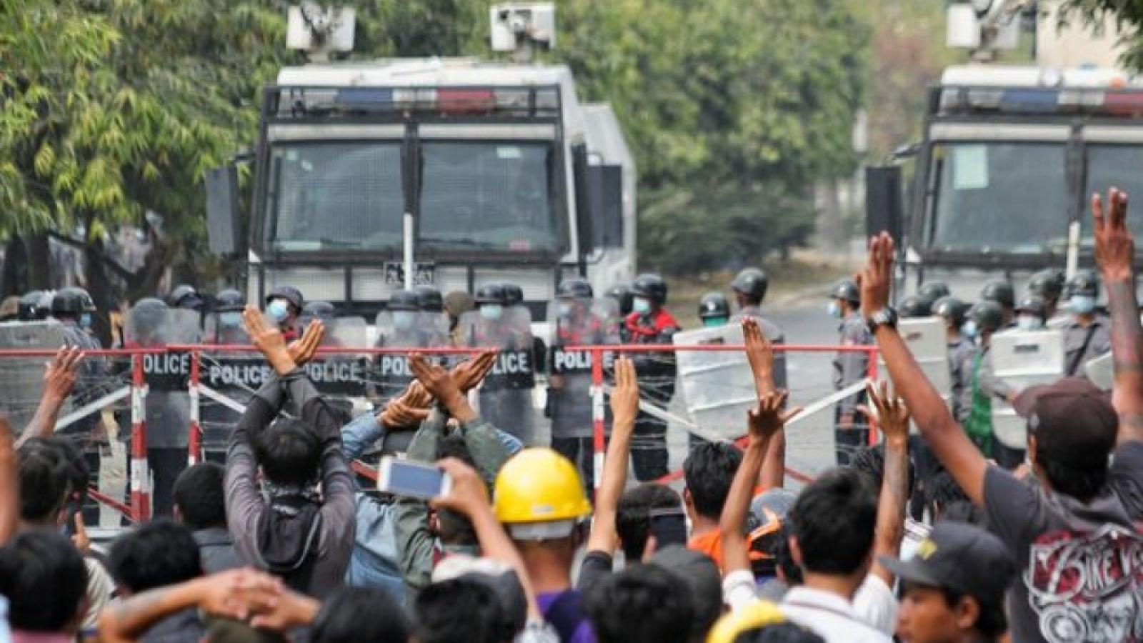 Đề nghị Myanmar bảo vệ lợi ích chính đáng của các doanh nghiệp Việt Nam