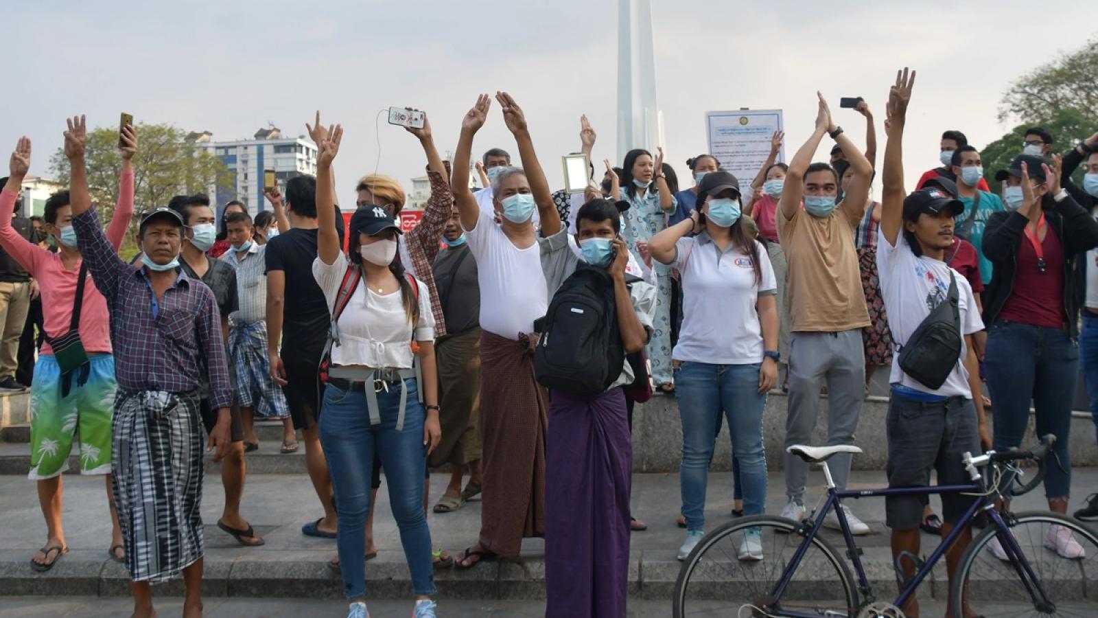 Singapore sẽ xử lý mạnh người biểu tình Myanmar phản đối đảo chính