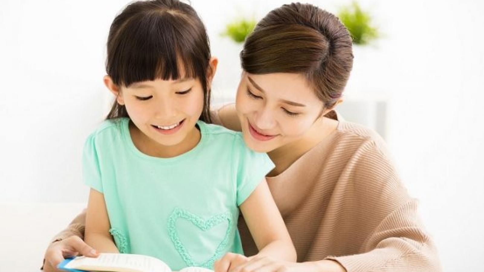 12 cách để nuôi dạy một đứa trẻ biết quan tâm, nhân ái