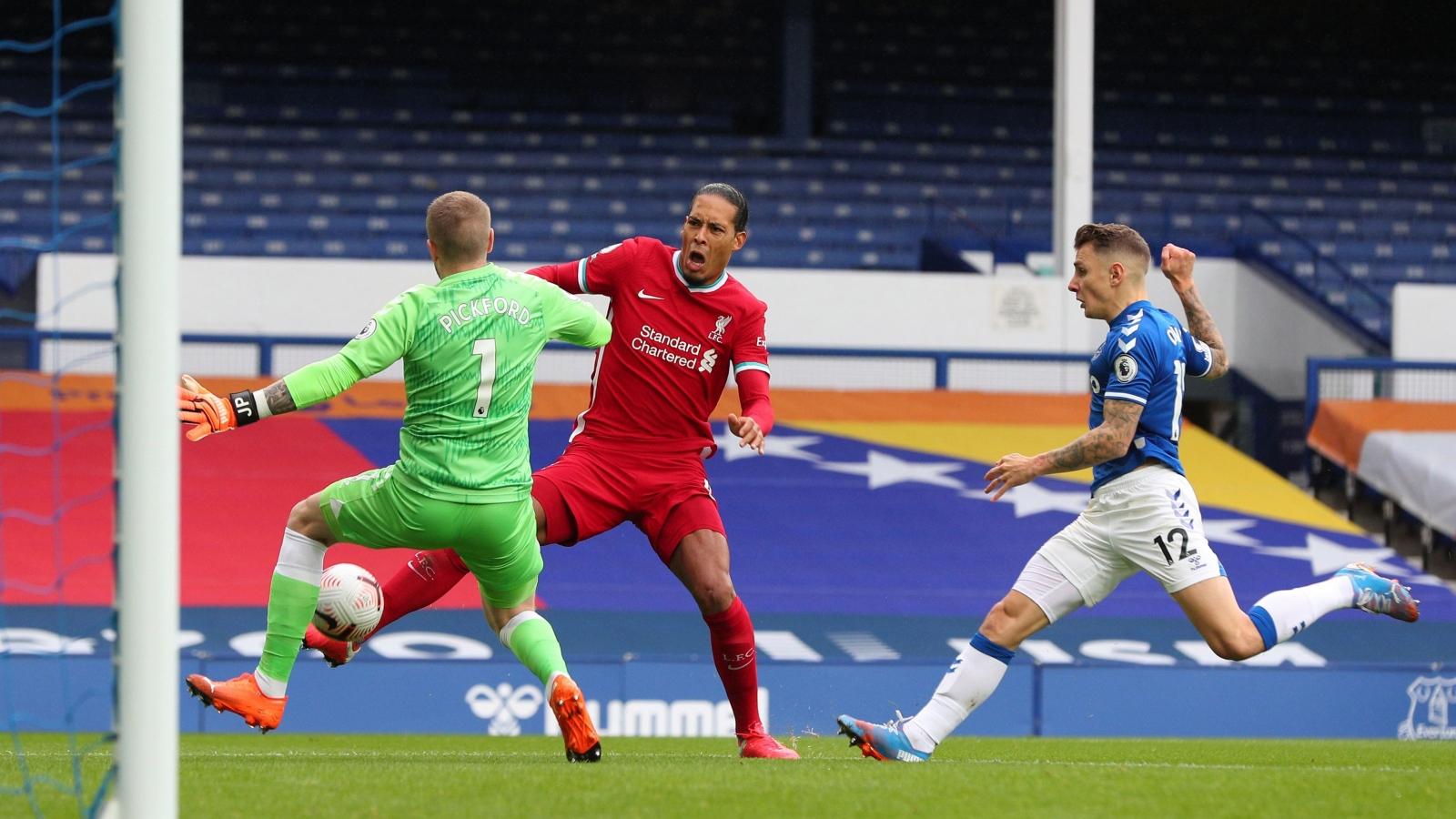 Hồi phục chậm hơn dự kiến, Van Dijk chính thức nghỉ thi đấu hết mùa