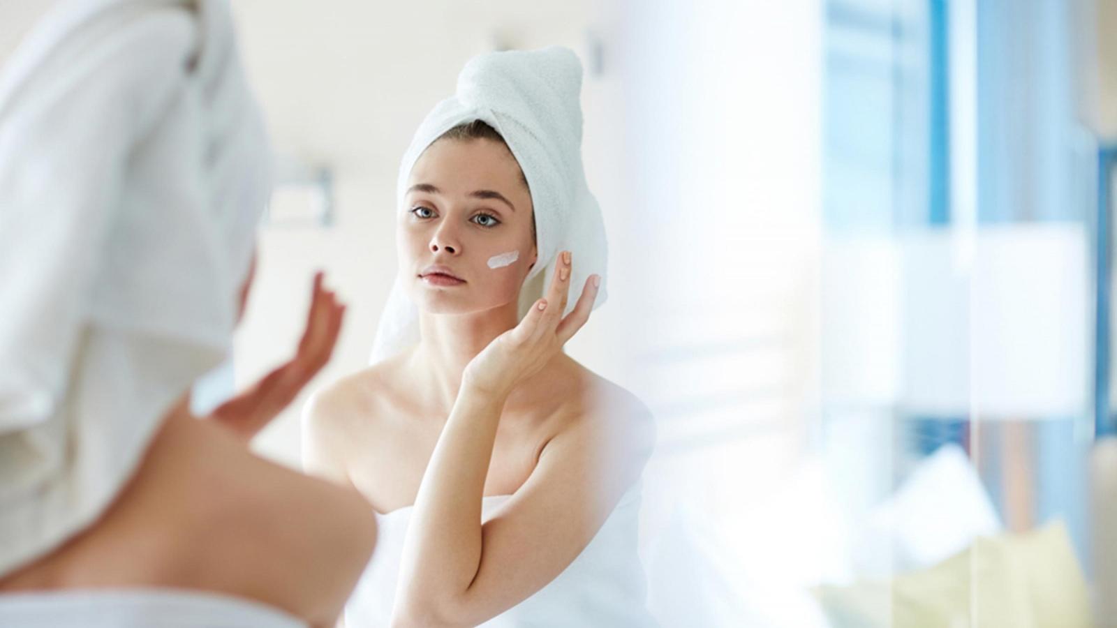 Nguyên nhân không ngờ khiến da bạn tiết nhiều dầu nhờn hơn