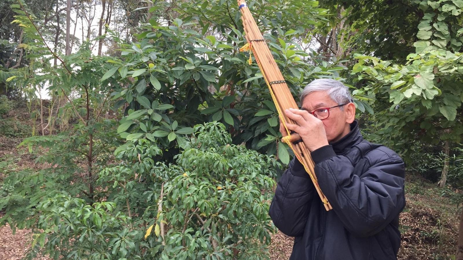 Đầu xuân gặp gỡ người nặng lòng với văn hóa dân tộc Thái
