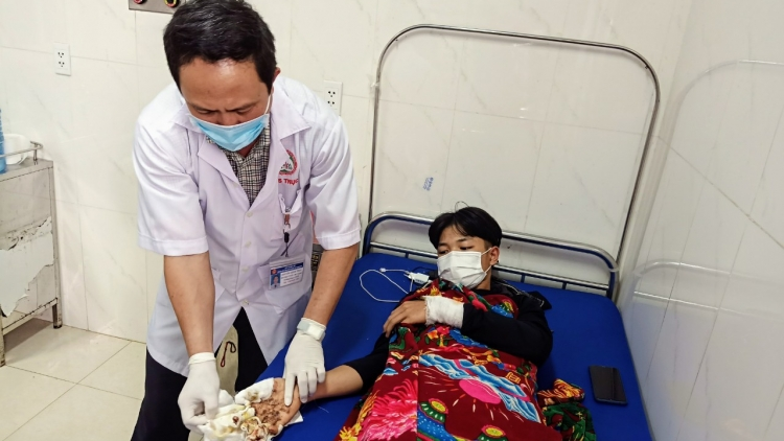 Nhiều trường hợp thương tích nặng do tai nạn pháo nổ ở Đắk Lắk