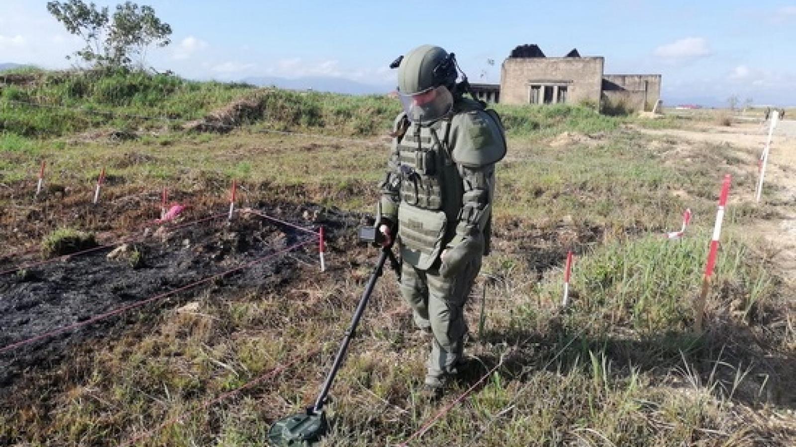 Nhật Bản giúp Lào rà phá bom mìn sót lại sau chiến tranh
