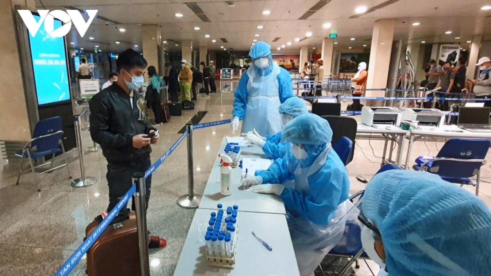 Thêm 4 ca mắc COVID-19 trong cộng đồng là nhân viên sân bay Tân Sơn Nhất