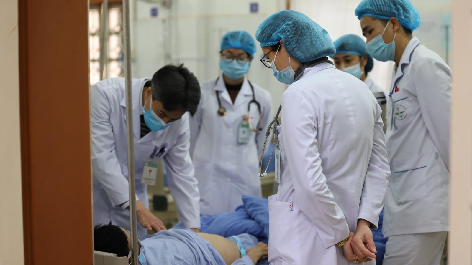 """Tết của những bác sĩ """"căng mình trực chiến"""" tại Bệnh viện Đa khoa tỉnh Sơn La"""