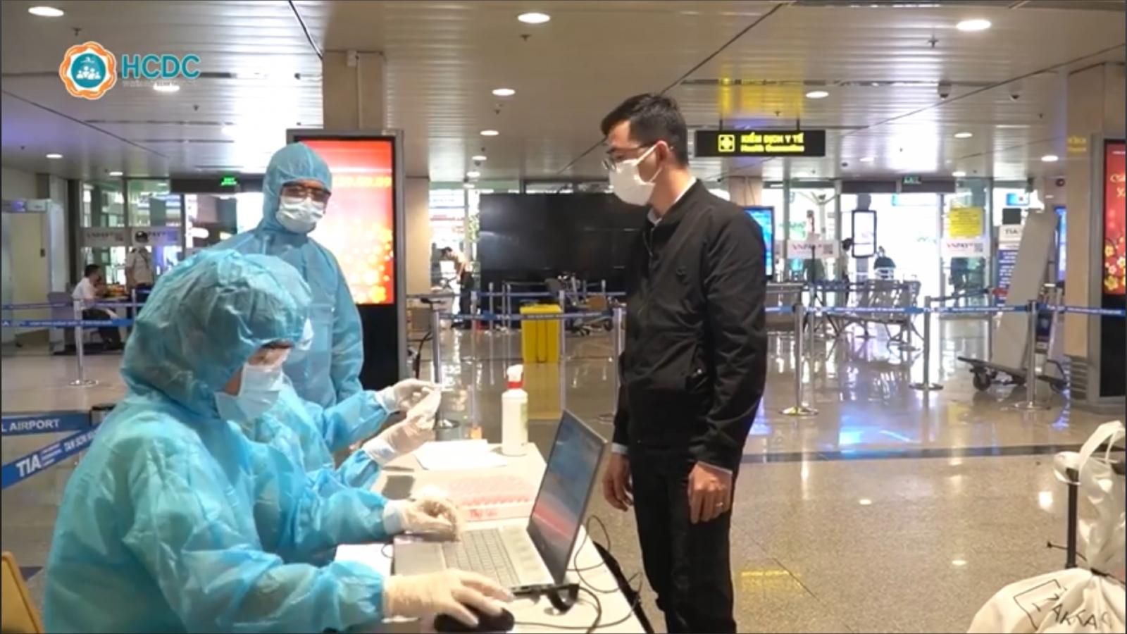 TP.HCM lấy mẫu tầm soát hành khách quốc nội đi từ sân bay Nội Bài, Vân Đồn, Cát Bi