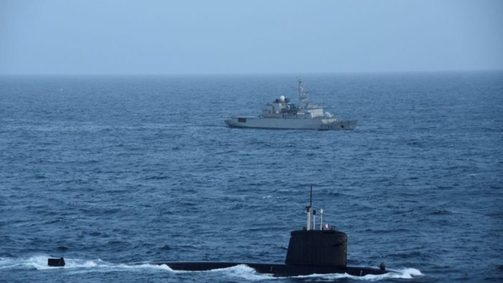 Tàu ngầm hạt nhân Pháp tuần tra Biển Đông