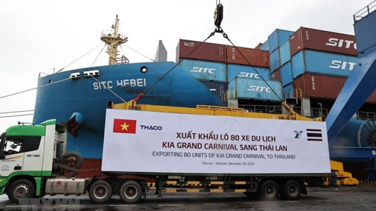 THACO exports largest-ever batch of automobiles, components, spare parts