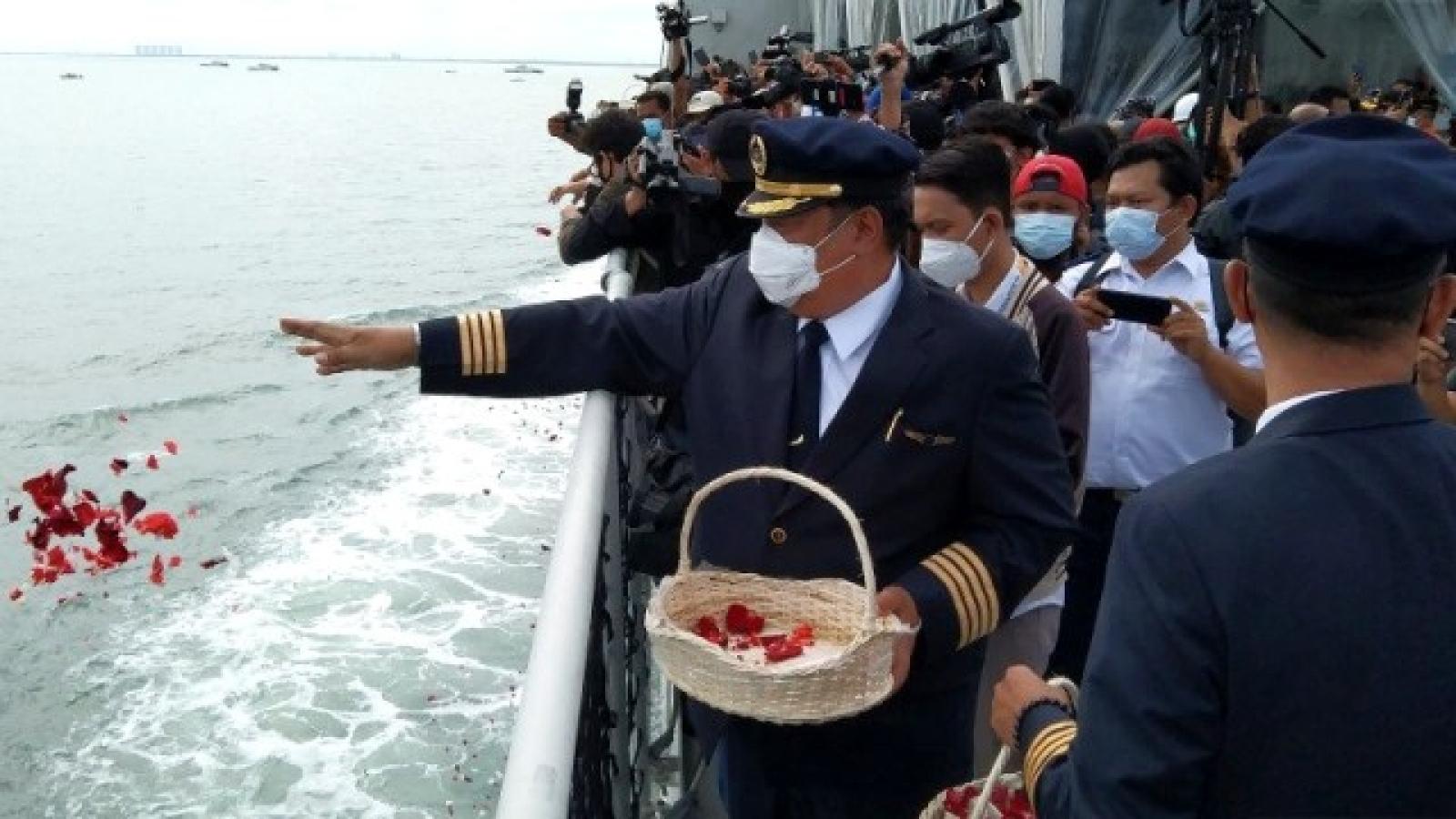 Gia đình các nạn nhân vụ máy bay rơi ở Indonesia kiện Boeing