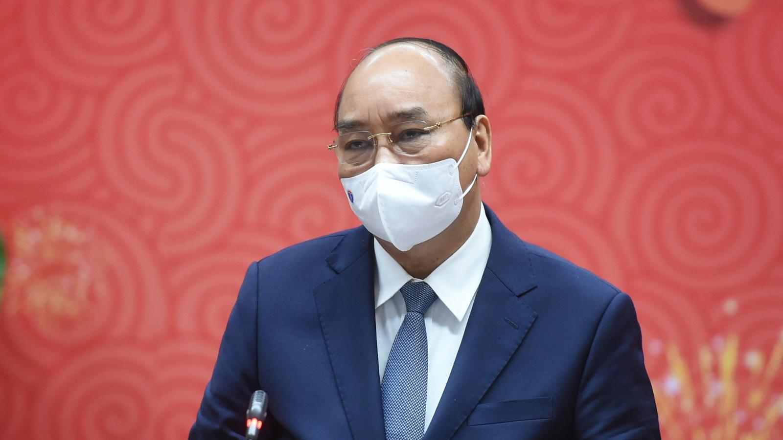 Thủ tướng yêu cầu Bộ Y tế báo cáo kế hoạch nhập khẩu và tiêm vaccine ngừa Covid-19