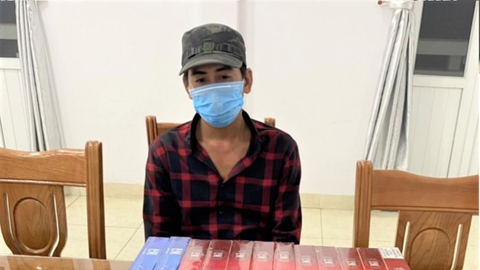 Pháthiệnđối tượngbuôn bán số lượng lớn thuốc lá nhập lậu
