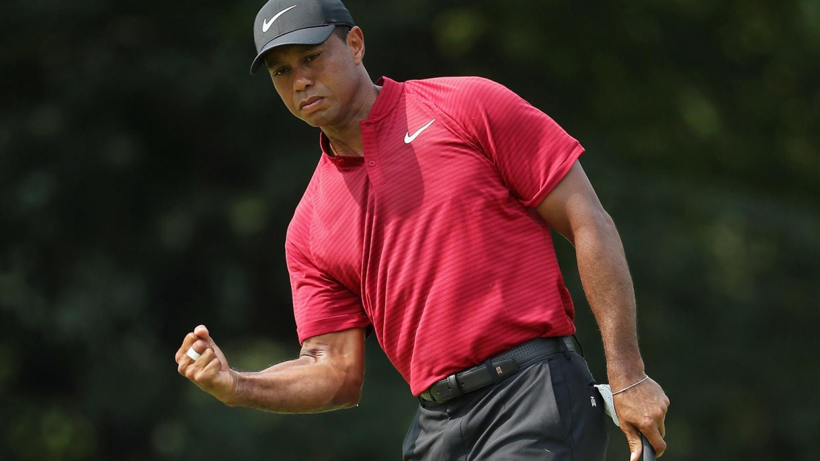 """""""Huyền thoại"""" golf thế giới Tiger Woods bị tai nạn ô tô"""