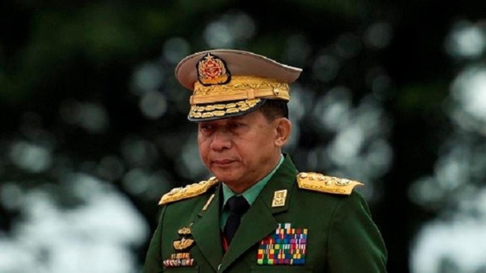 """Tổng Tư lệnh Myanmar: Chuyển giao quyền lực là """"không thể tránh khỏi"""""""