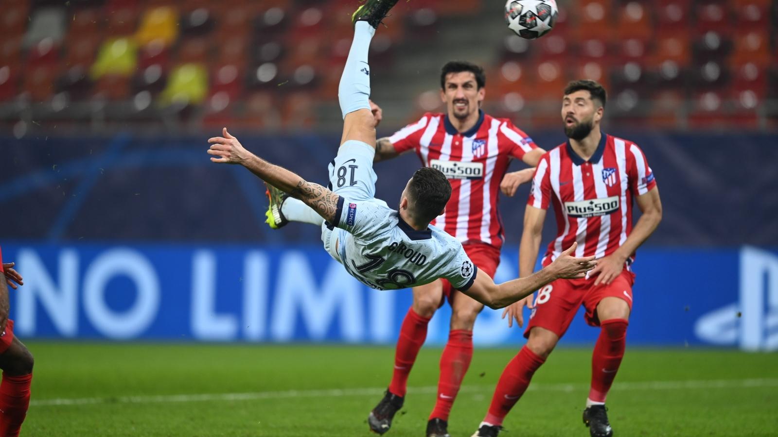 """Giroud lập """"siêu phẩm"""", Chelsea hạ đẹp Atletico Madrid"""