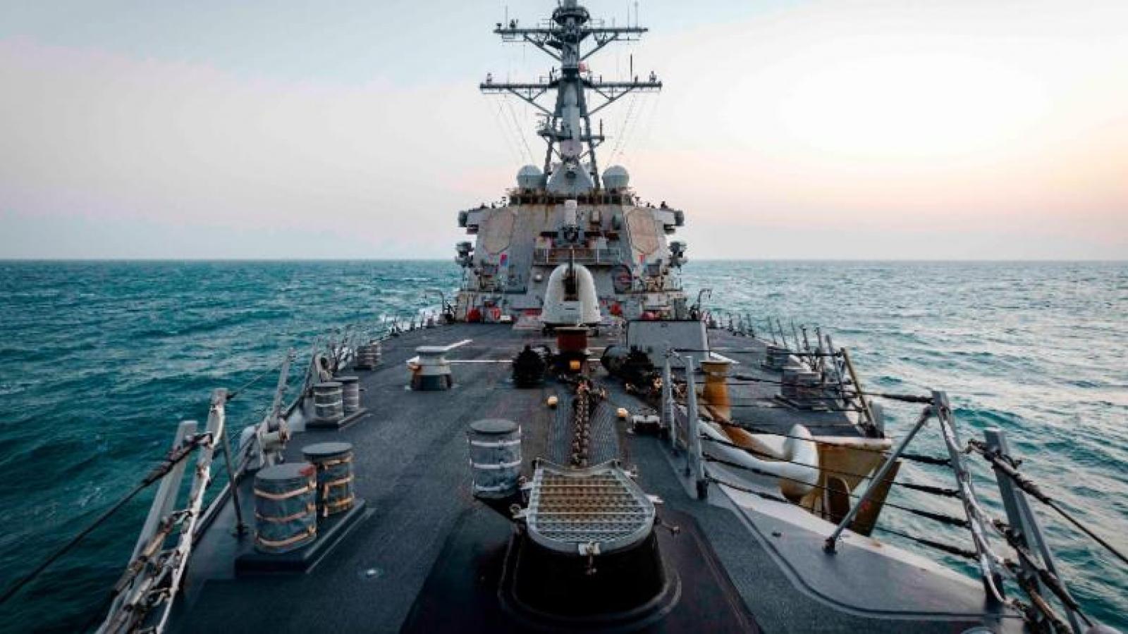 Mỹ lần đầu điều tàu chiến qua eo biển Đài Loan dưới thời Tổng thống Biden