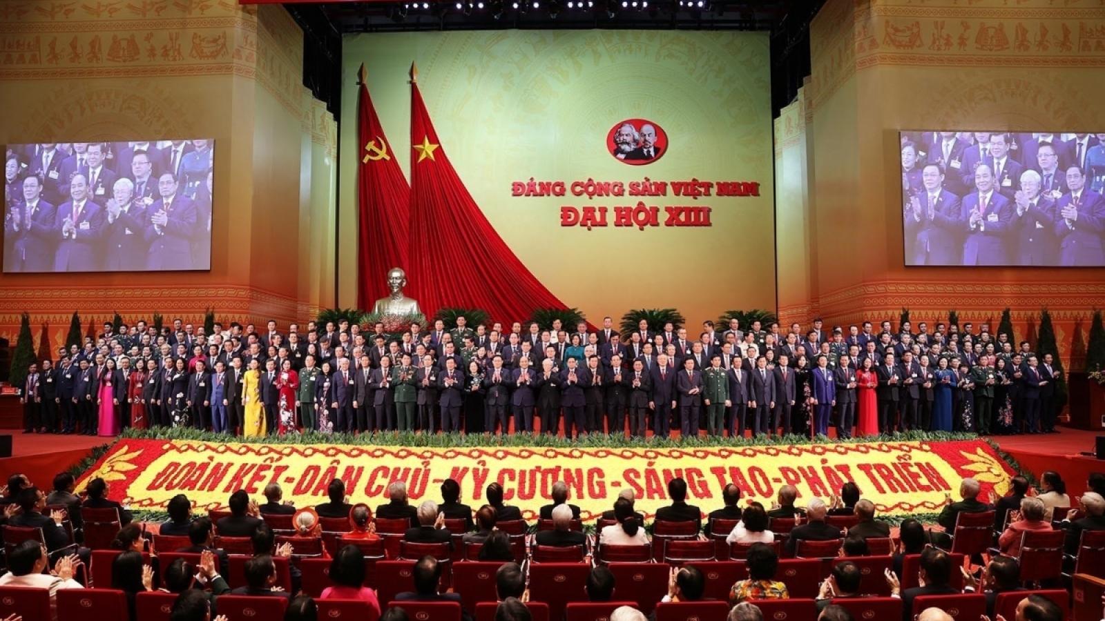 Đảng NDCM Lào và Đảng Nhân dân Campuchia gửi điện mừng Đảng Cộng sản Việt Nam
