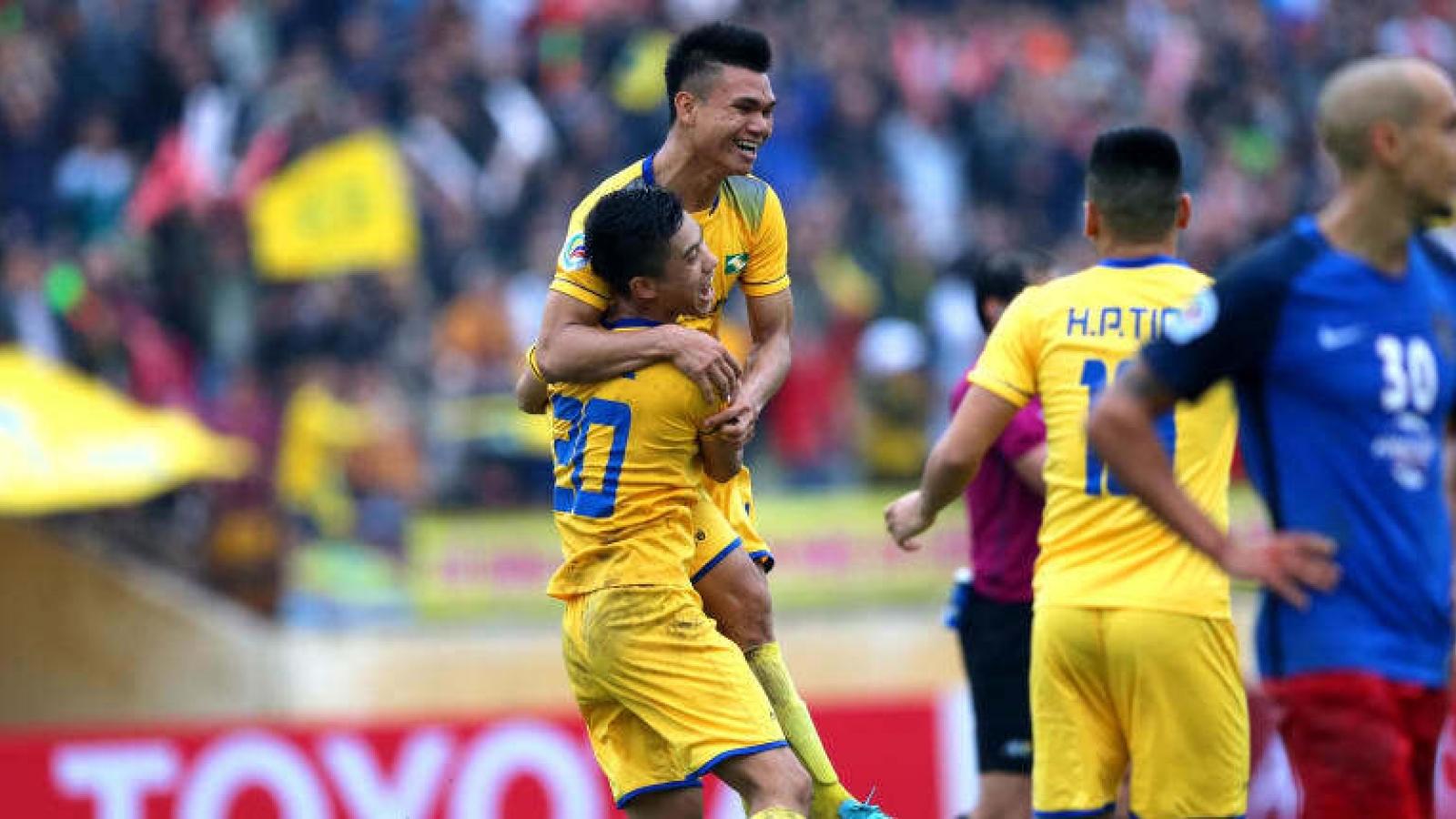 """Ngày này năm xưa: """"Sao"""" U23 Việt Nam giúp SLNA hạ đội từng đoạt cúp châu Á"""