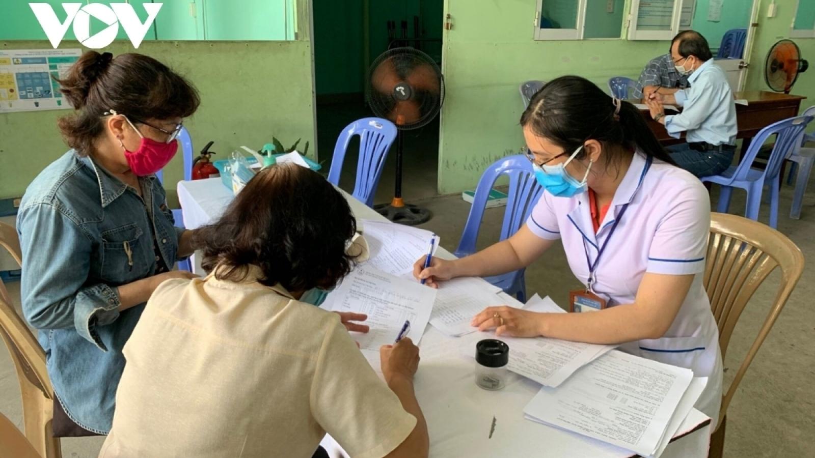 Thêm 2 trường hợp ở Điện Biên khai báo y tế không trung thực bị phạt tiền