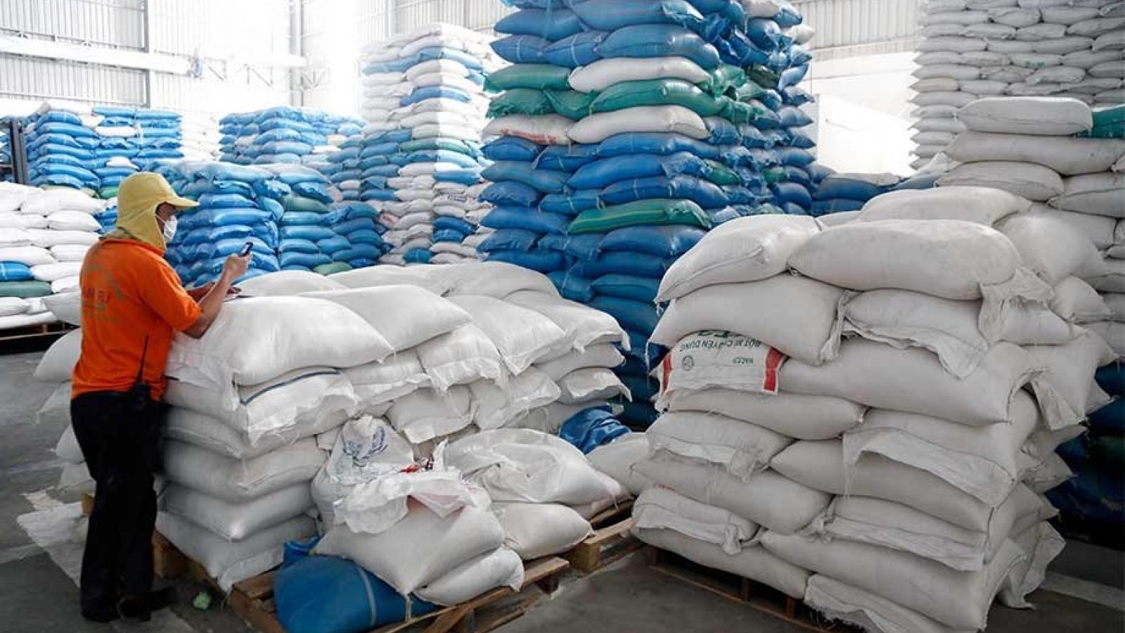 Xuất khẩu gạo của Campuchia giảm hơn 32% trong tháng 1/2021
