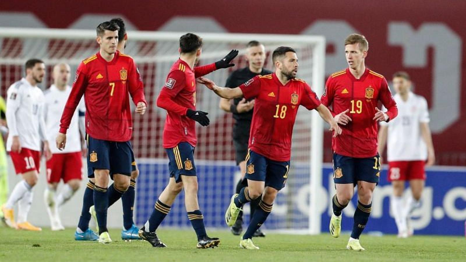 """""""Sao"""" Barca lên tiếng, Tây Ban Nha nhọc nhằn đánh bại Gruzia"""