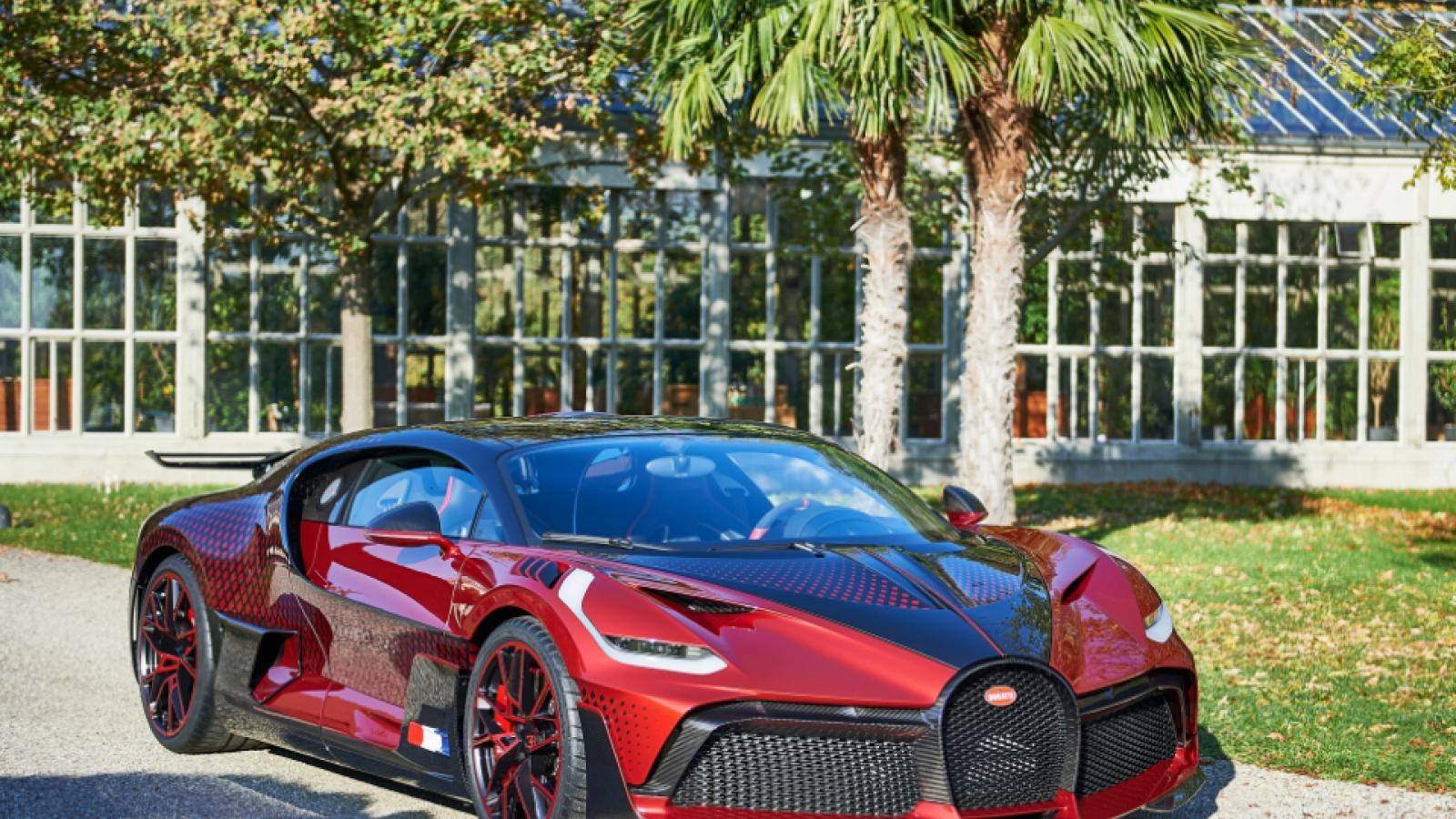 """Khám phá quá trình sáng tạo ra Bugatti Divo """"Lady Bug"""" cực độc đáo giá 6 triệu USD"""