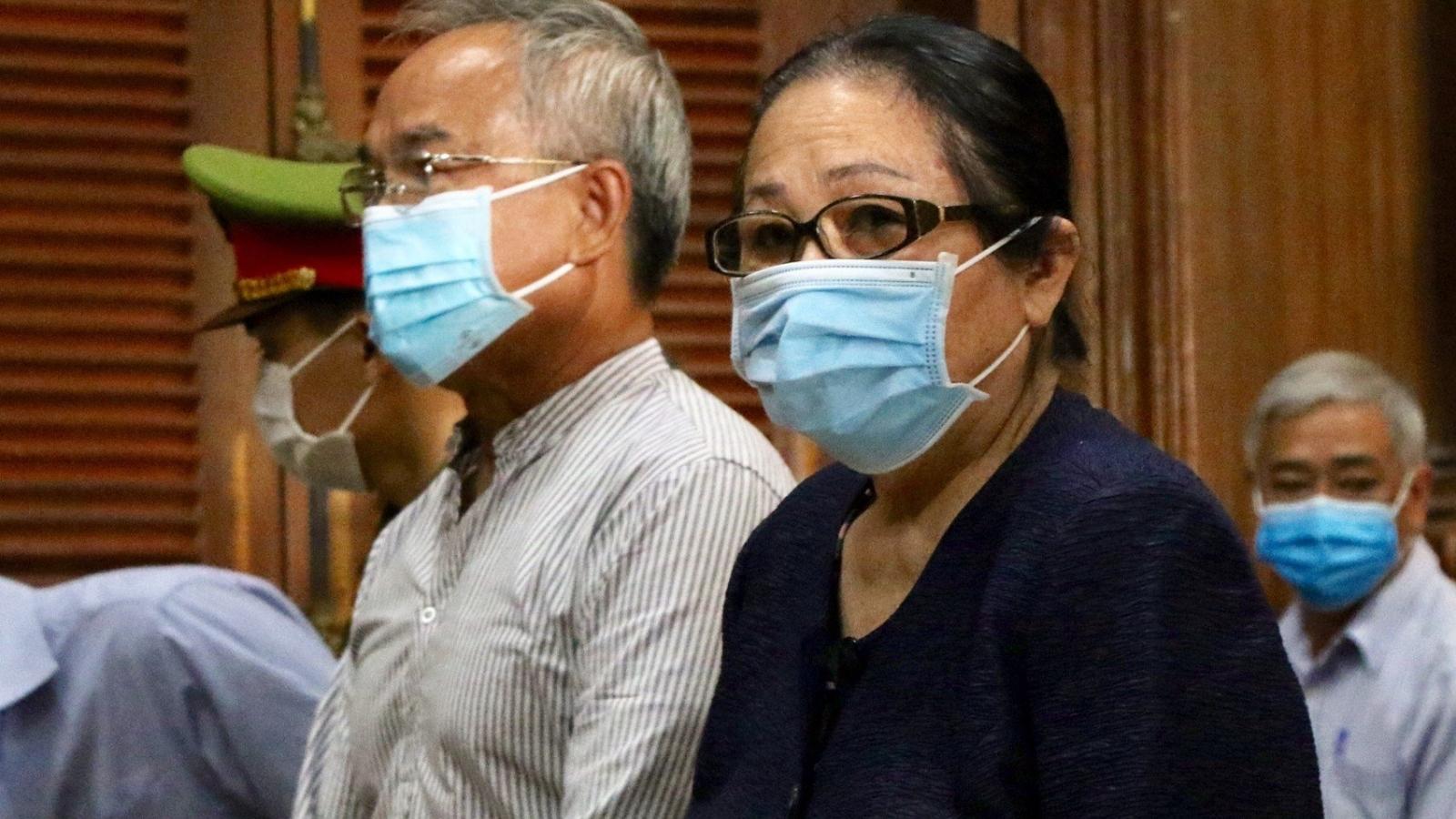 Viện Kiểm sát giữ quan điểm truy tố đại gia Dương Thị Bạch Diệp tội lừa đảo