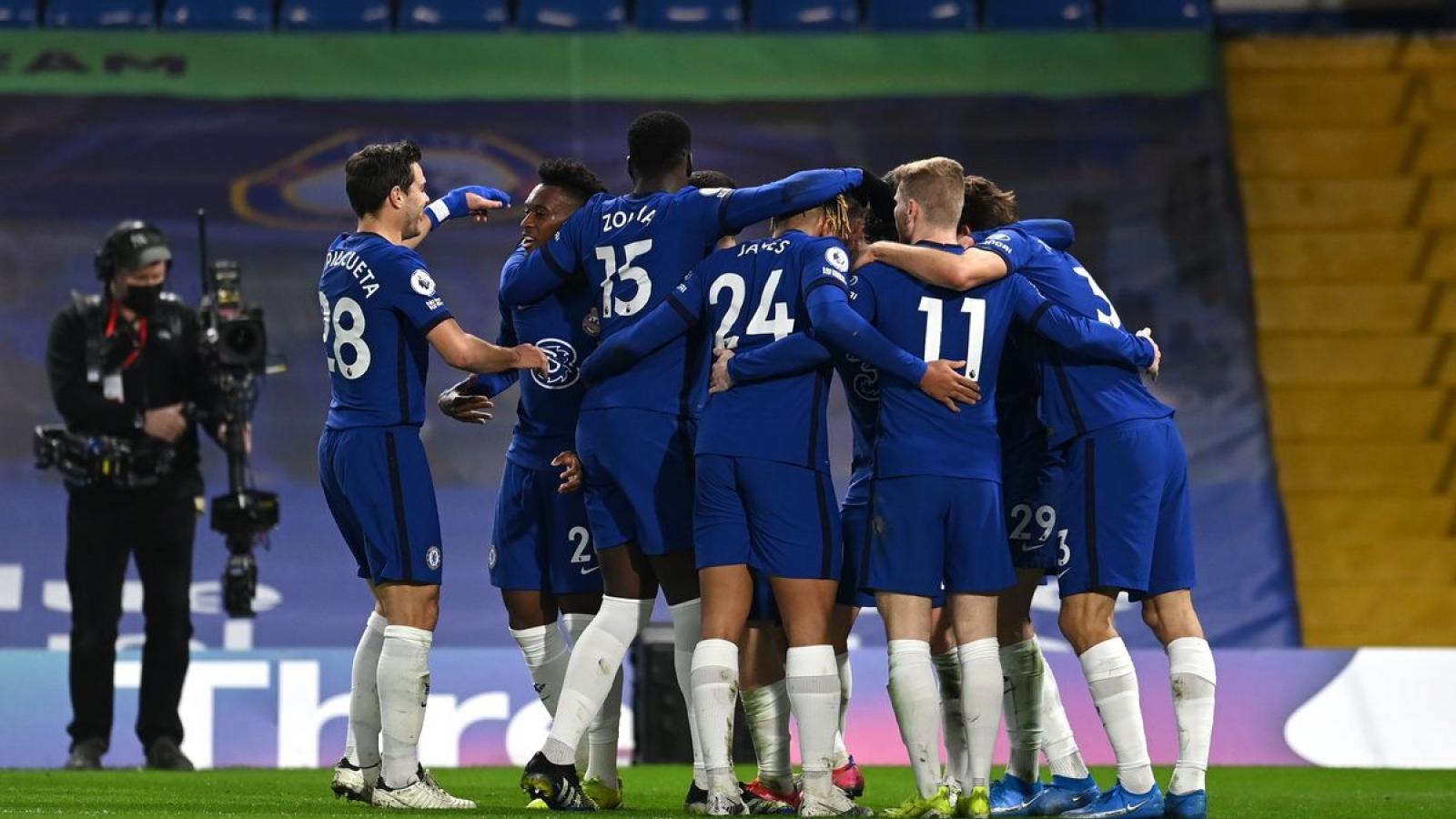Thắng dễ Everton, Chelsea nối dài mạch bất bại