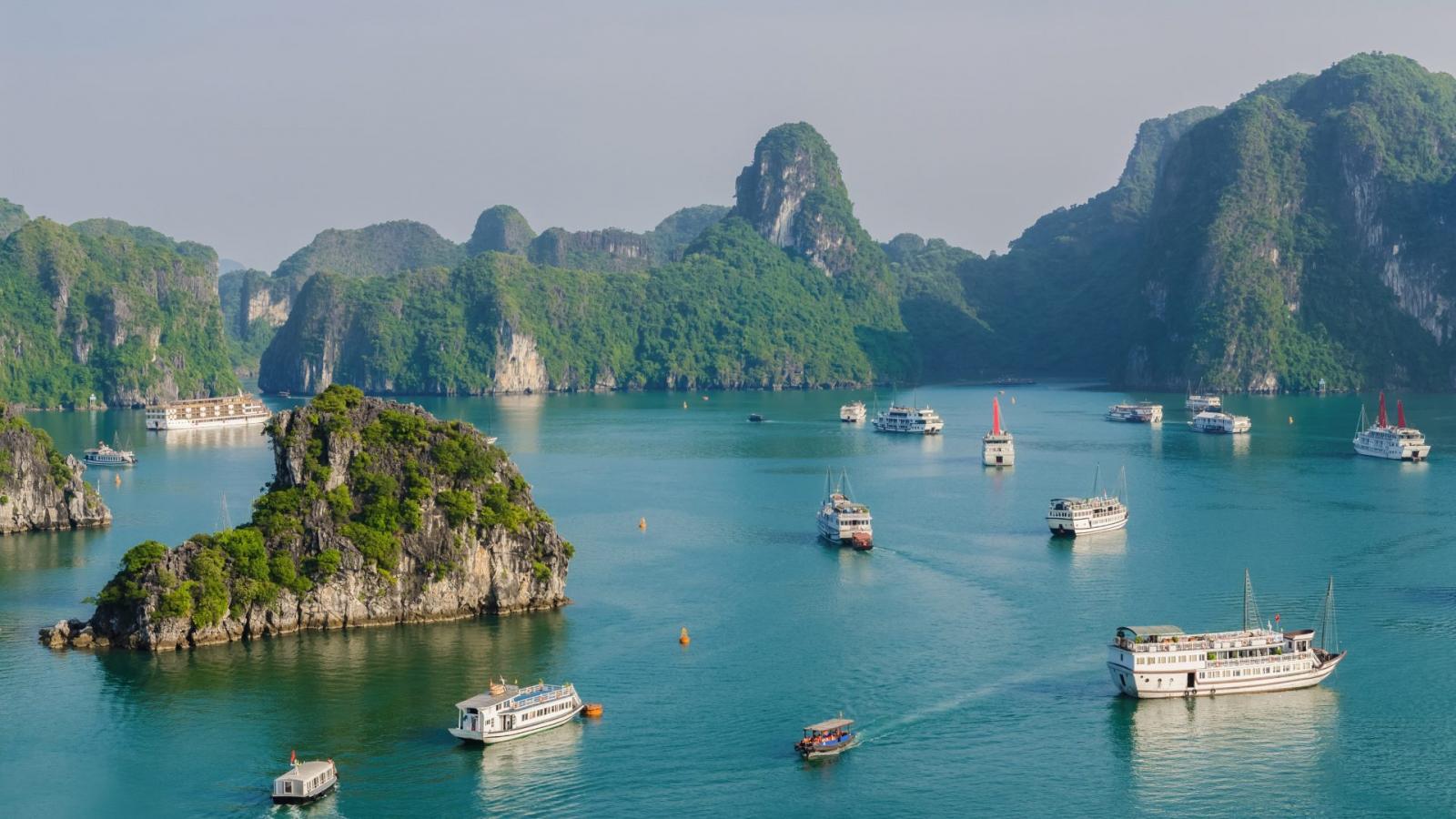 Hướng đi nào cho du lịch Việt Nam giai đoạn 2021 - 2023?