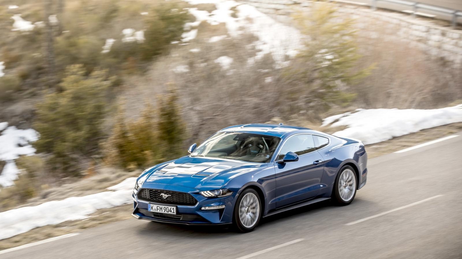 Fordchâu Âu loại bỏ Mustang EcoBoost do doanh số thấp