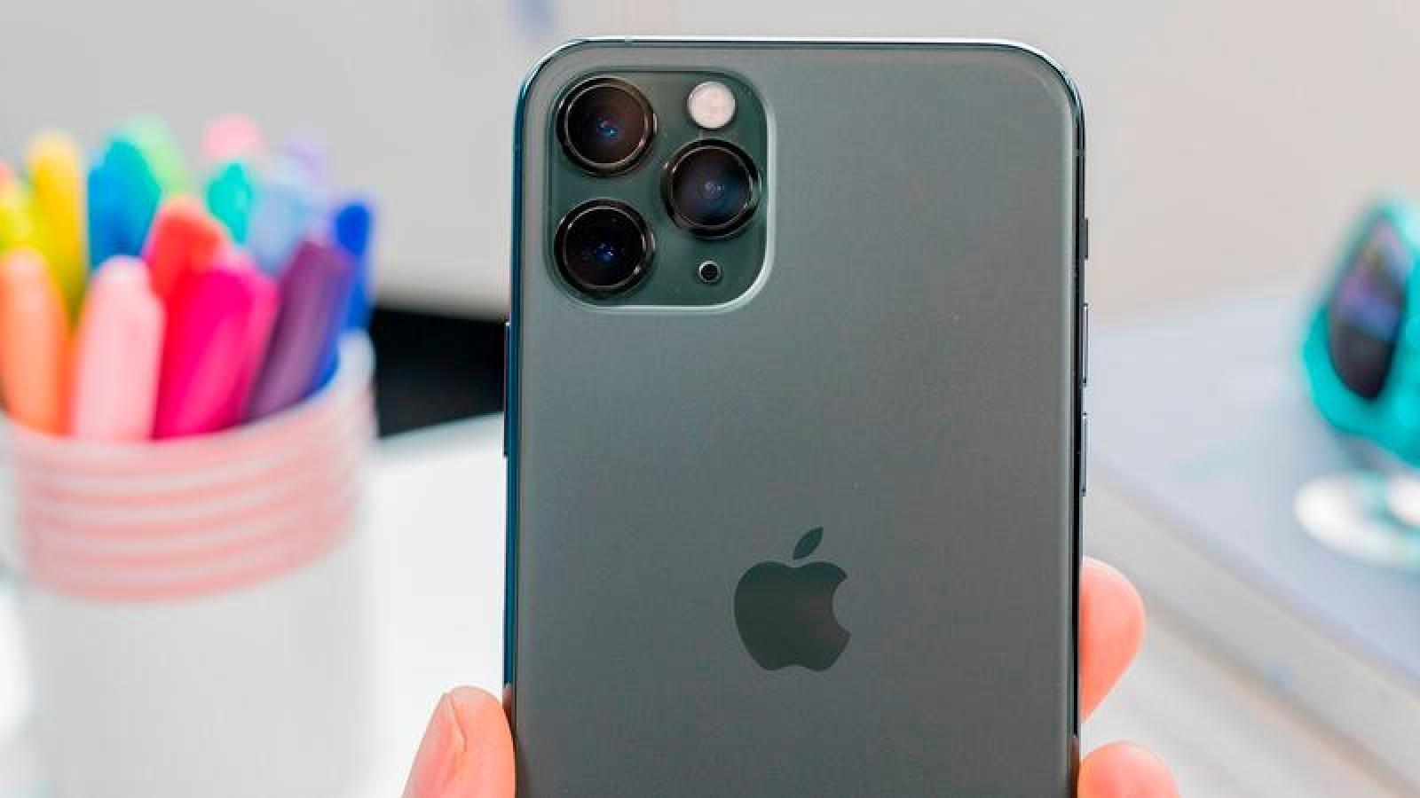 iPhone với camera kính tiềm vọng: Hãy chờ đến... 2023!