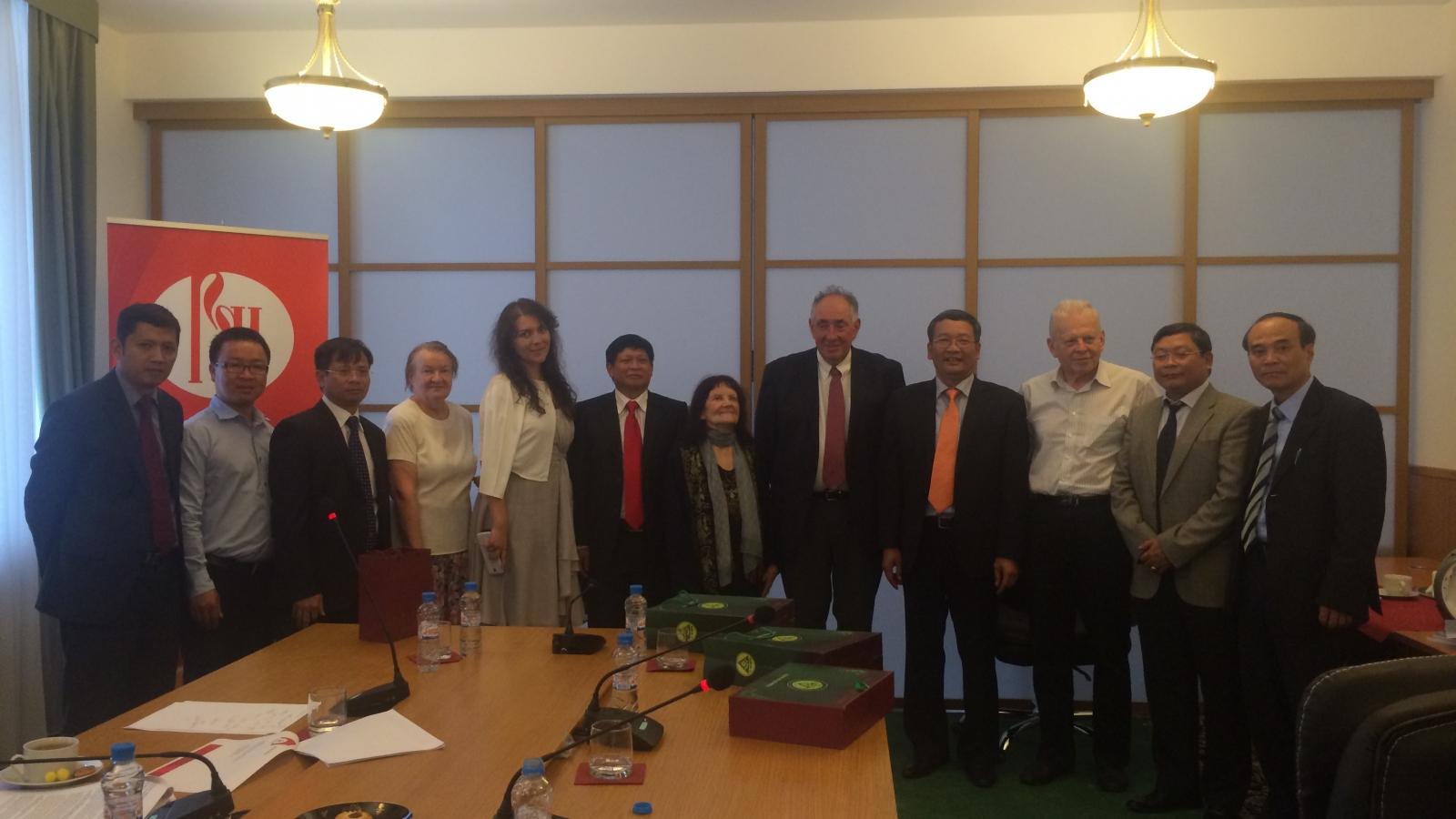 Hội thảo tưởng niệm nhà khoa học xuất sắc của Nga - Người bạn lớn của Việt Nam