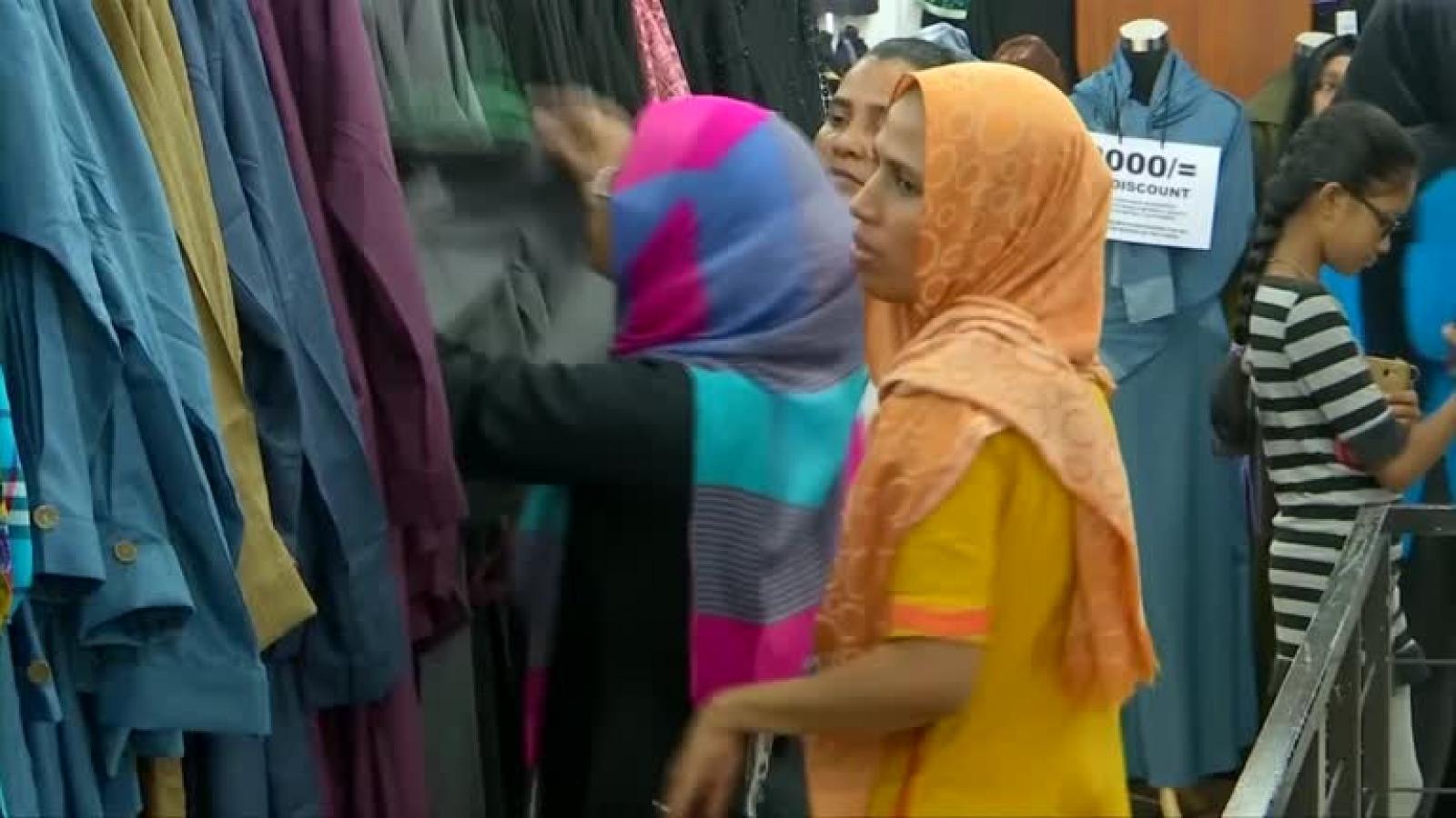 Sri Lanka cấm mặc khăn choàng burqa của người Hồi giáo