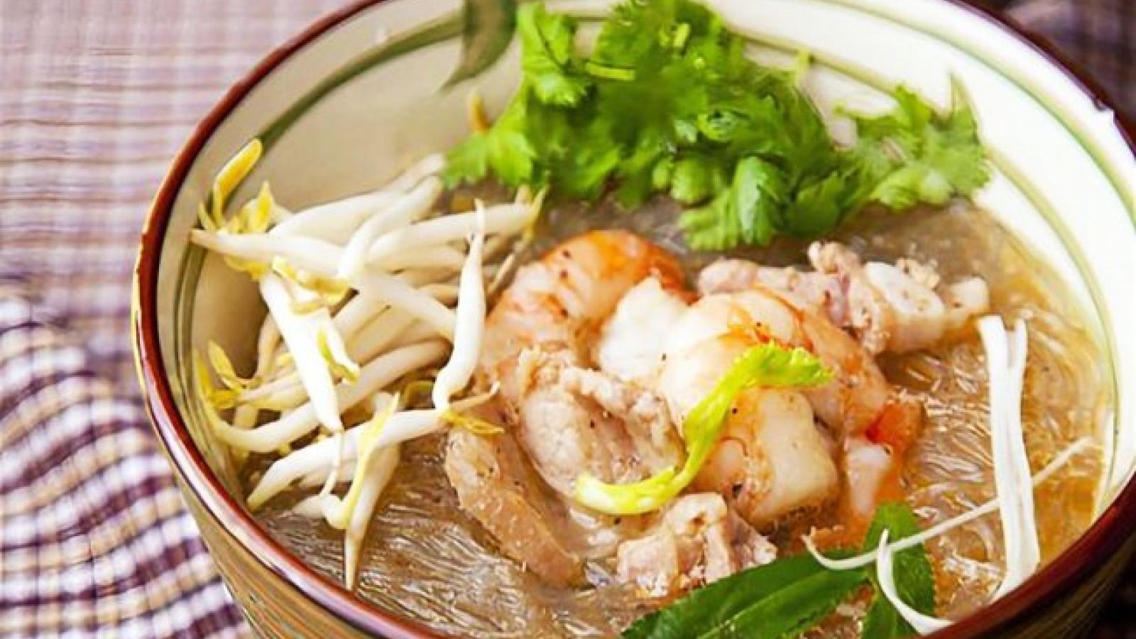 Hai Phong-style shrimp vermicelli soup