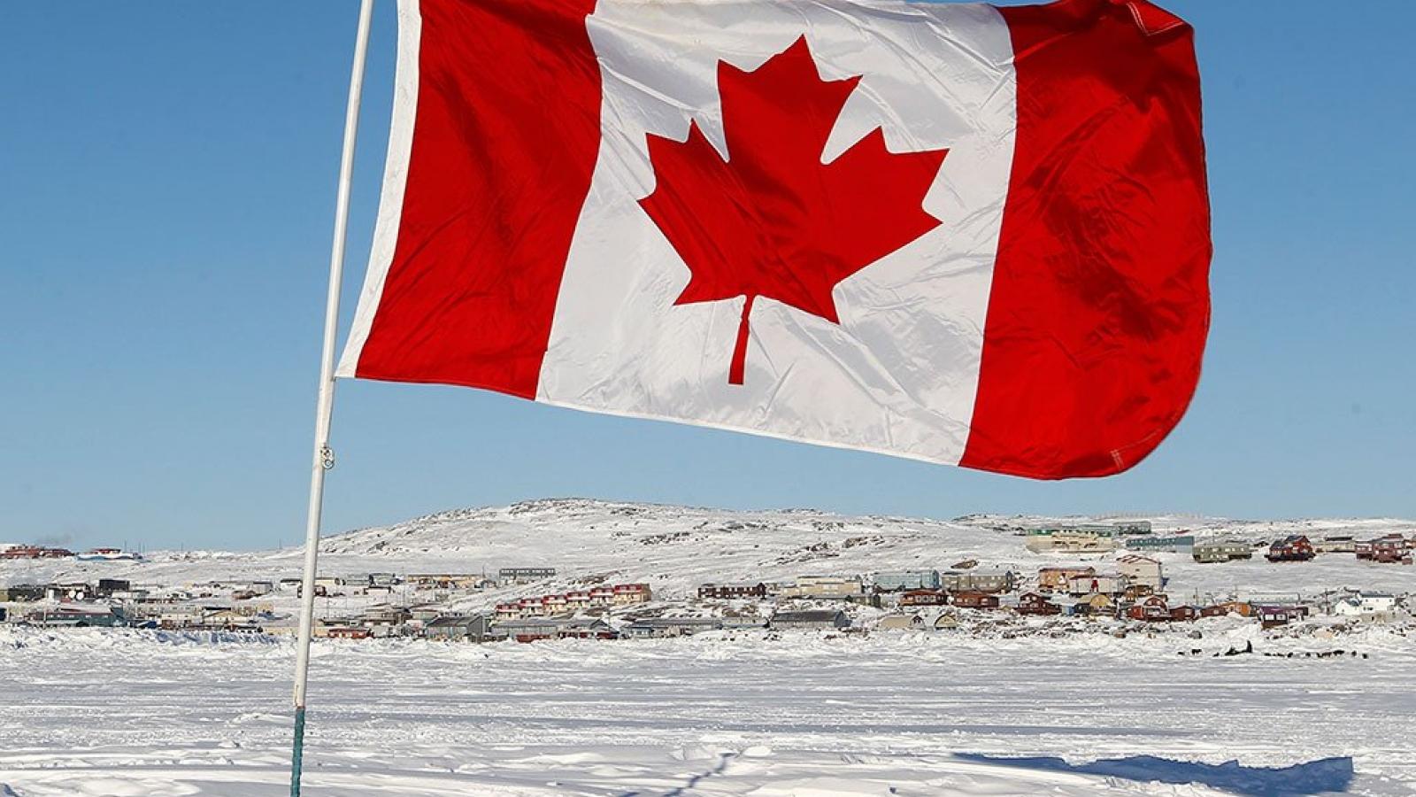 Canada mở rộng các biện pháp trừng phạt Nga
