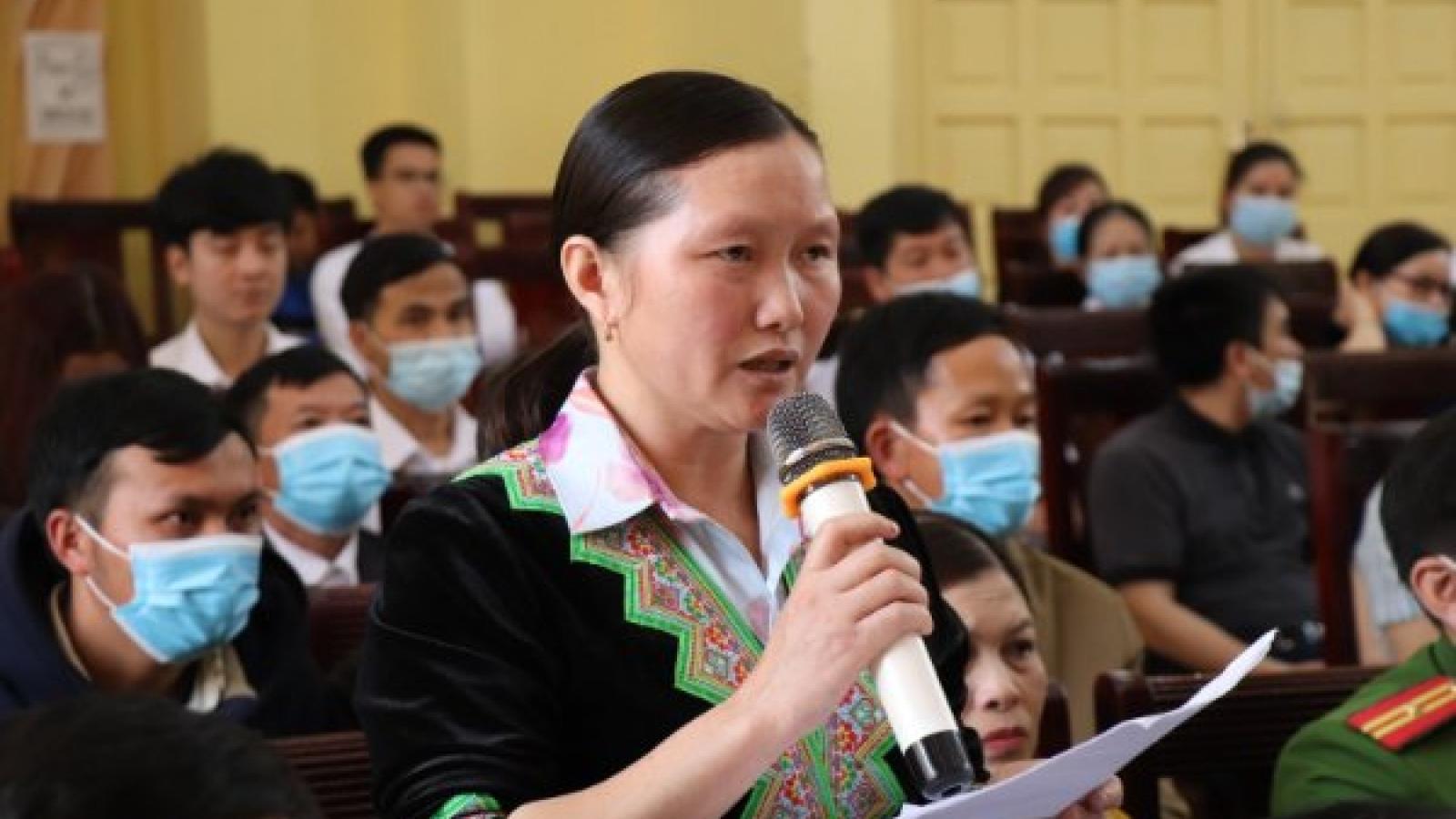 Đoàn đại biểu Quốc hội tỉnh Yên Bái tiếp xúc cử tri huyện Văn Chấn