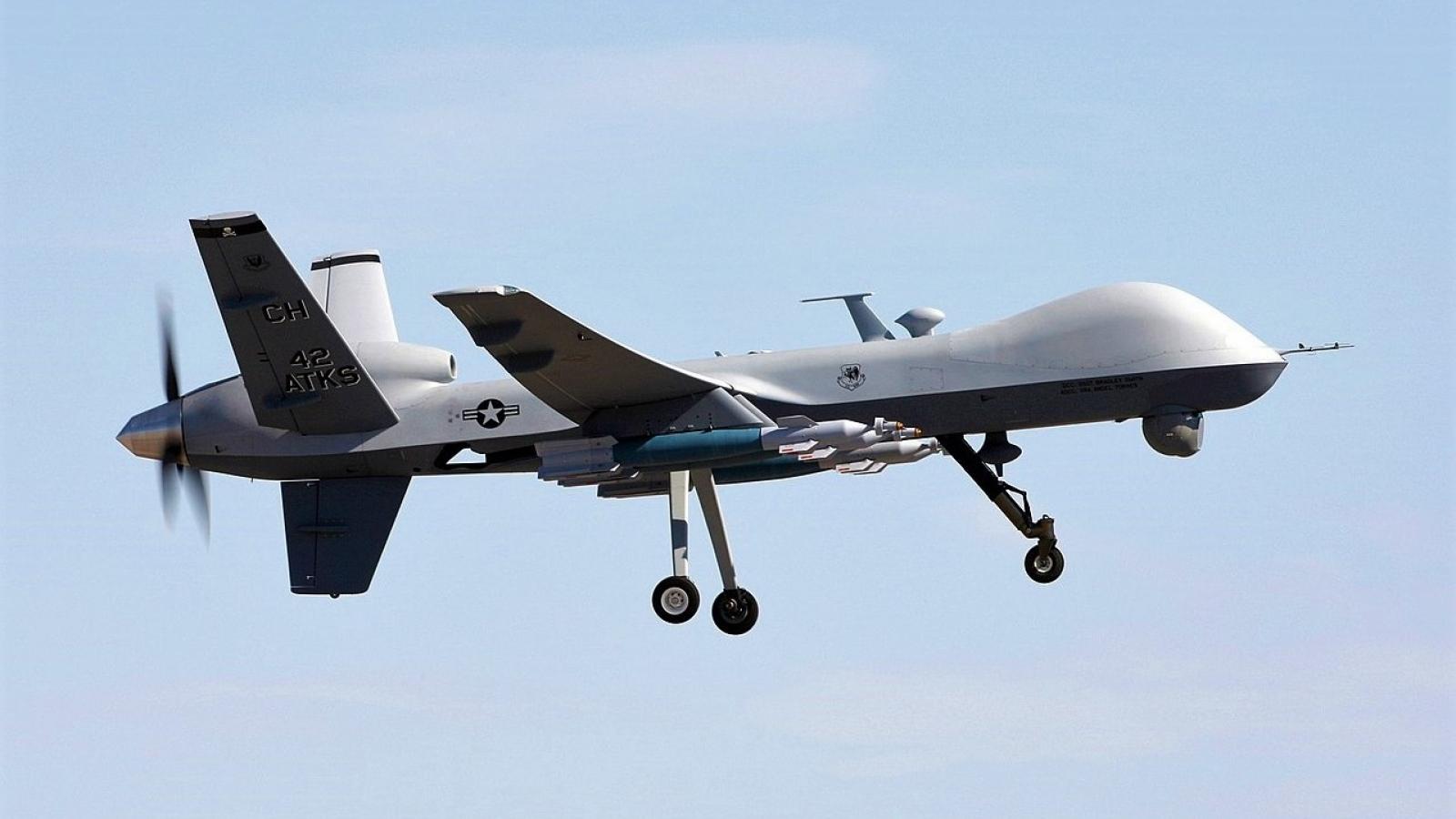 Mỹ nghiên cứu tích hợp thiết bị laser không gây chết người và vi sóng cho MQ-9 Reaper