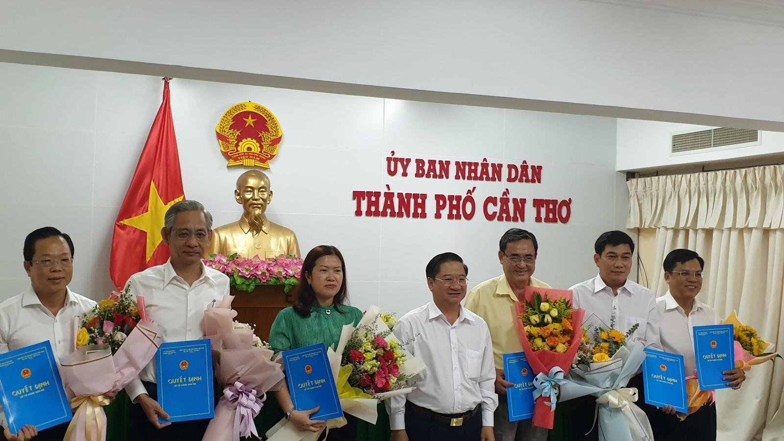 Cần Thơ bổ nhiệm 5 Giám đốc Sở và Trưởng Ban quản lý