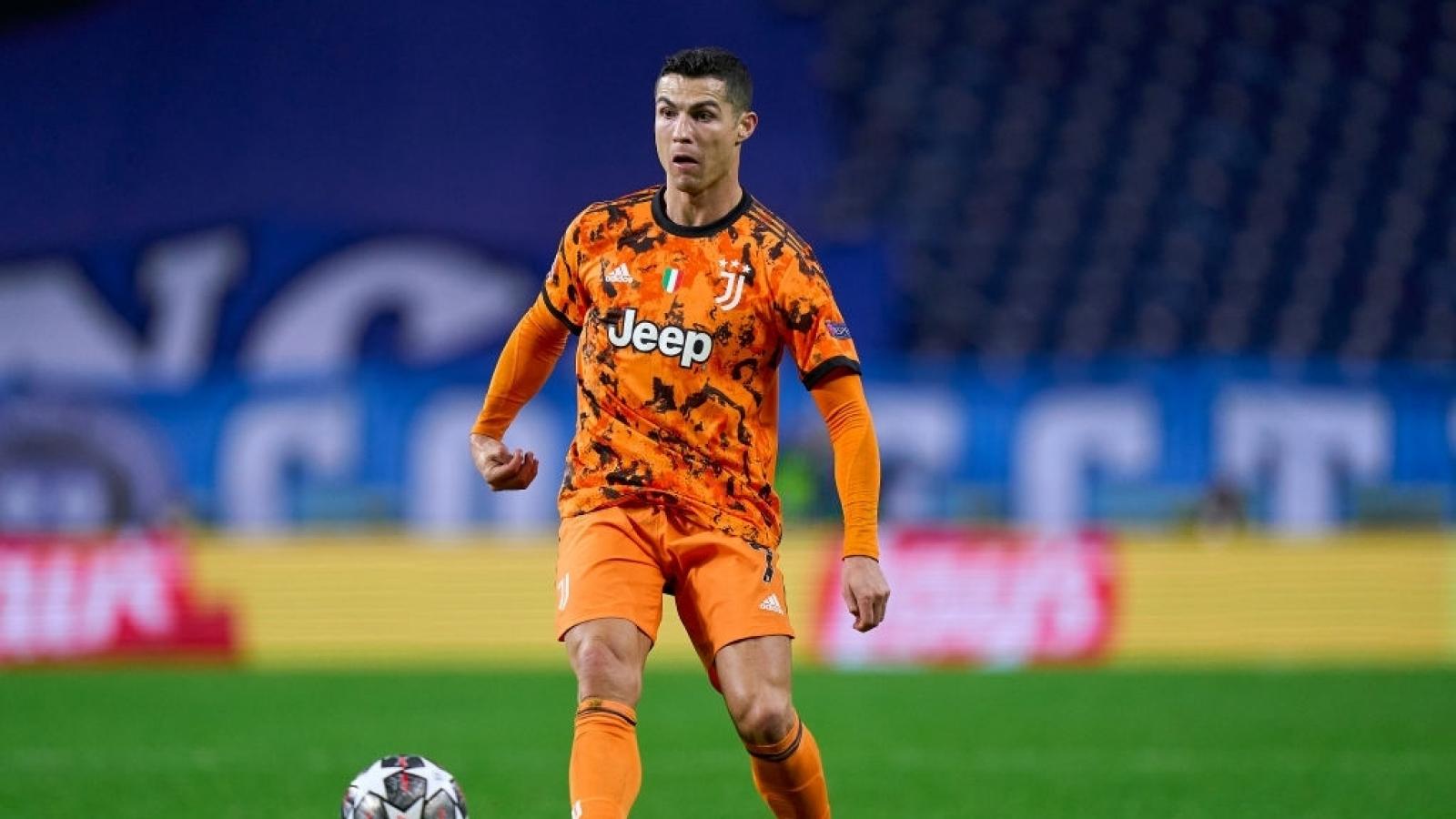 """Juventus - Porto: Chờ Ronaldo giải cứu """"Lão bà"""" và Pirlo"""