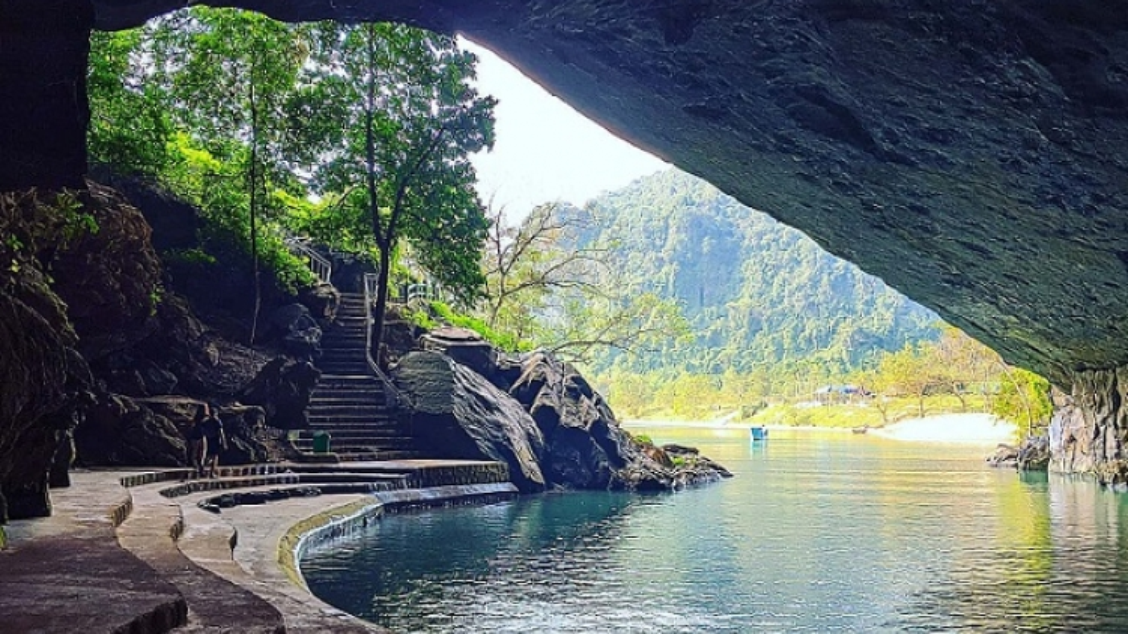 Phong Nha-Ke Bang National Park tops hospitable destination list