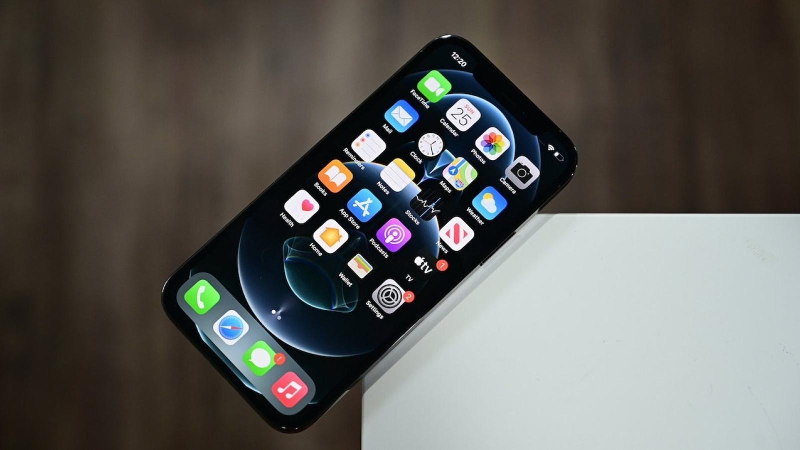 iPhone 12 có tốc độ 5G tụt hậu so với các đối thủ Android