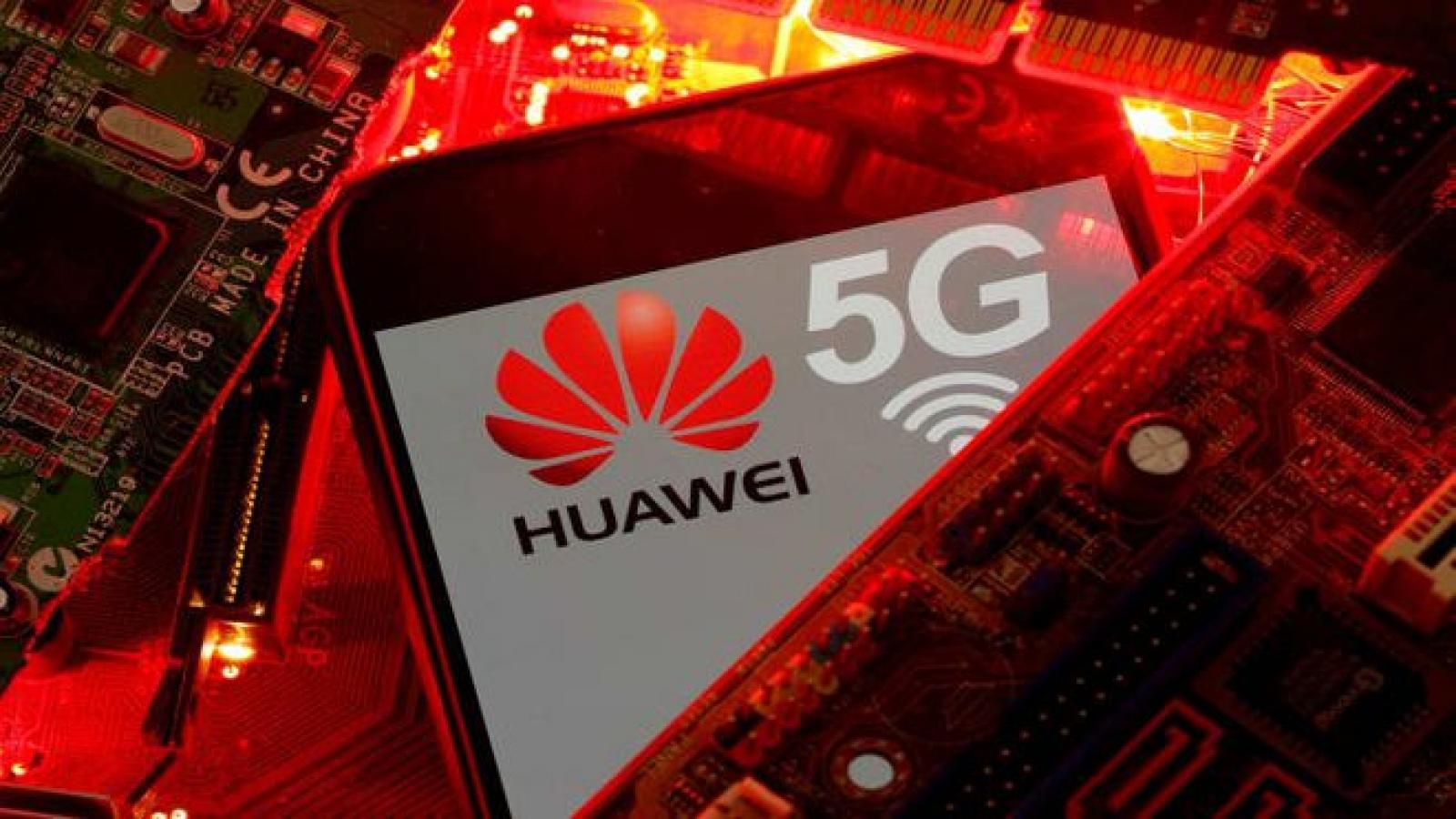 Thất thu vì lệnh cấm của Mỹ, Huawei bắt đầu tính phí bản quyền 5G