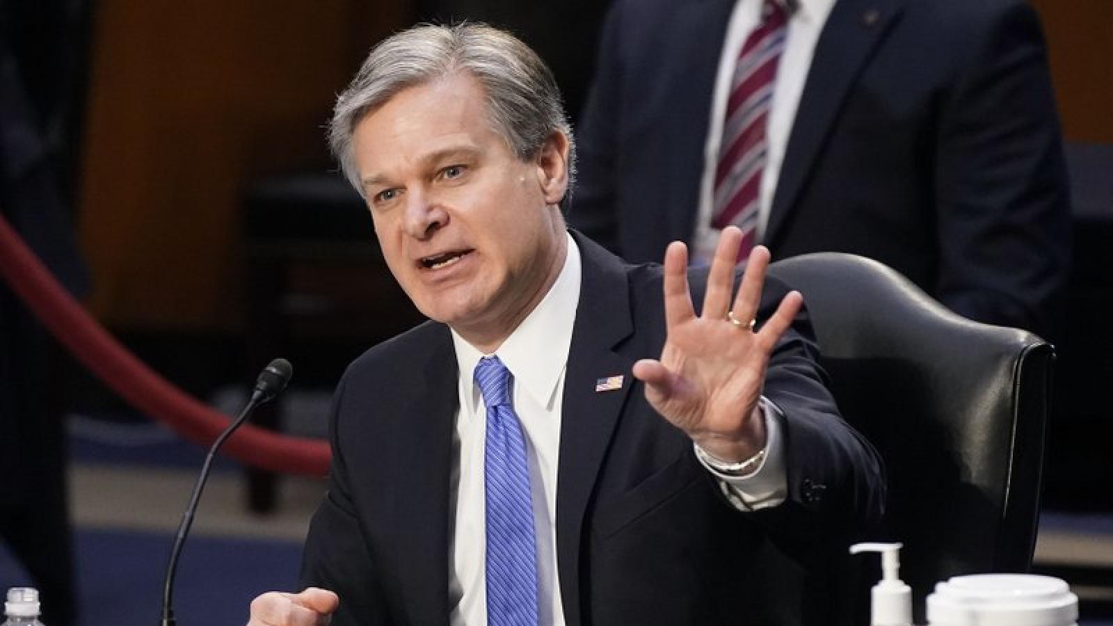 """Giám đốc FBI cảnh báo """"khủng bố nội địa"""" đang gia tăng ở Mỹ"""